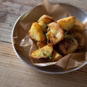 ハーブポテトのレシピと作り方。 料理研究家・フードコーディネーター藤井玲子のレシピと料理写真。 #れこれしぴ