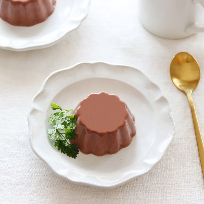 お鍋ひとつで混ぜるだけ!ココアのパンナコッタのレシピと作り方。 料理研究家・フードコーディネーター藤井玲子のレシピと料理写真。れこれしぴ