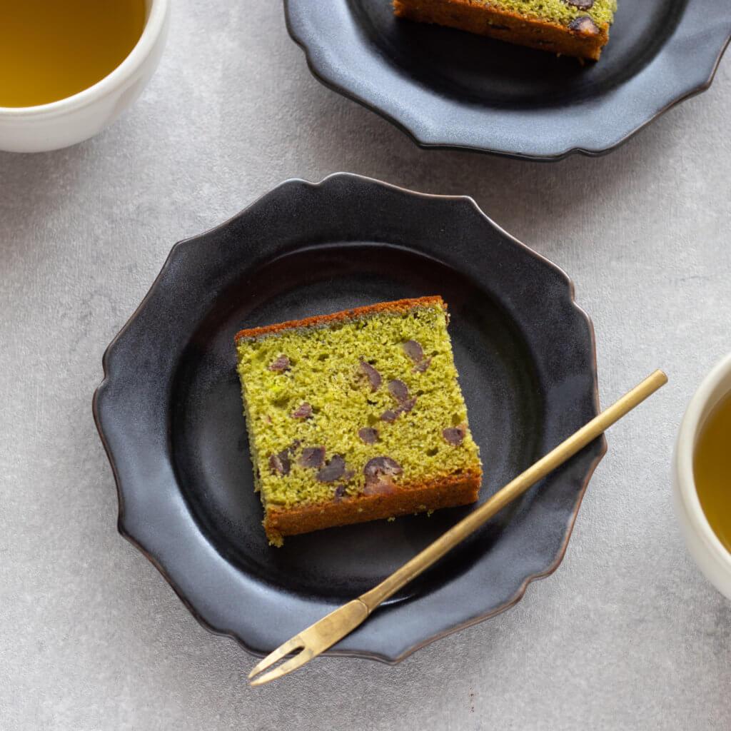 抹茶と大納言のカステラのレシピと作り方。スタイリングと写真の撮り方。 料理研究家・フードコーディネーター藤井玲子のレシピと料理写真。れこれしぴ