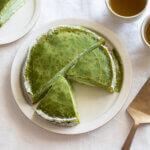 抹茶とホワイトチョコのミルクレープのレシピと作り方。 料理研究家・フードコーディネーター藤井玲子のレシピと料理写真。れこれしぴ