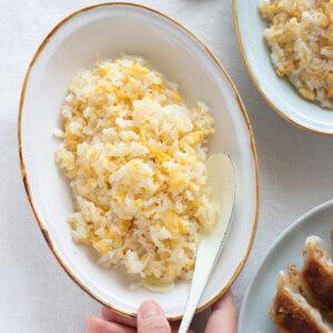 シンプル が1番!我が家の極上チャーハンのレシピと作り方。スタイリングと料理写真の撮り方。 料理研究家・フードコーディネーター藤井玲子のレシピと料理写真。れこれしぴ