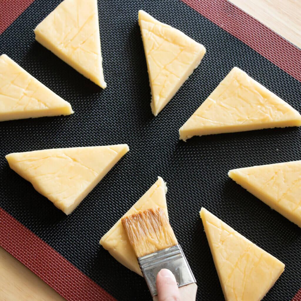さくさく&ほろほろ♪基本のスコーンレシピと作り方。スタイリングと料理写真の撮り方。 料理研究家・フードコーディネーター藤井玲子のレシピと料理写真。れこれしぴ