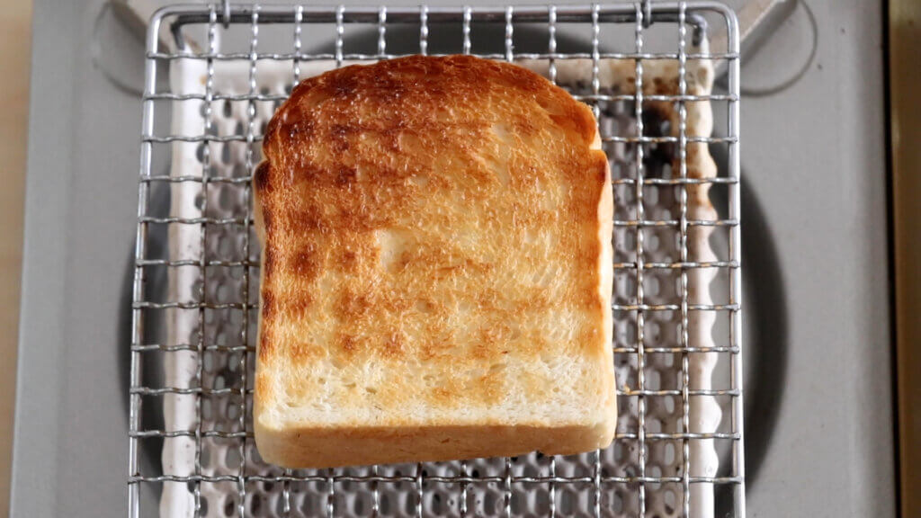 しっとりもちもち♡基本の山型食パンのレシピと作り方。スタイリングと料理写真の撮り方。 料理研究家・フードコーディネーター藤井玲子のレシピと料理写真。れこれしぴ