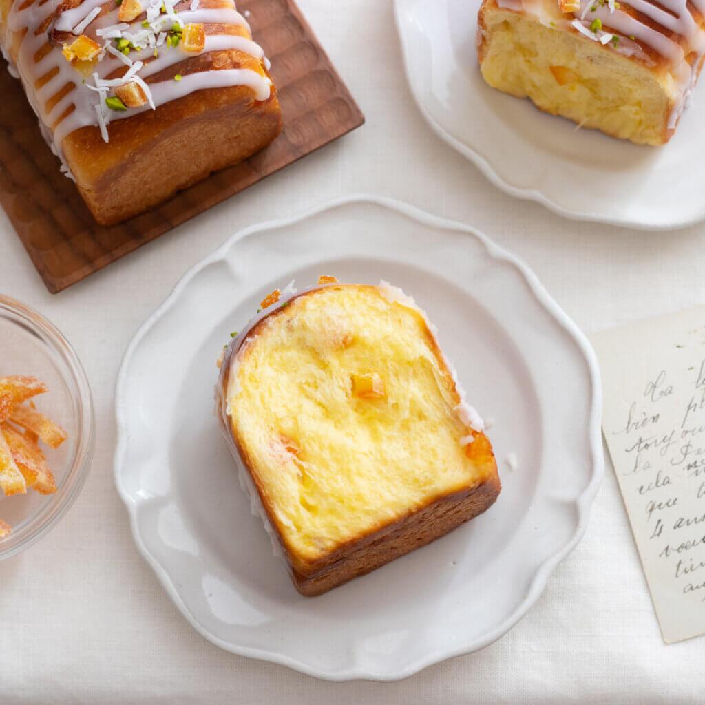 オレンジのサマーブリオッシュのレシピと作り方。スタイリングと料理写真の撮り方。 料理研究家・フードコーディネーター藤井玲子のレシピと料理写真。れこれしぴ