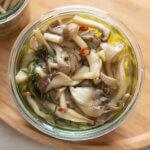 きのこのガーリックオイル煮のレシピと作り方。 料理研究家・フードコーディネーター藤井玲子のレシピと料理写真。れこれしぴ