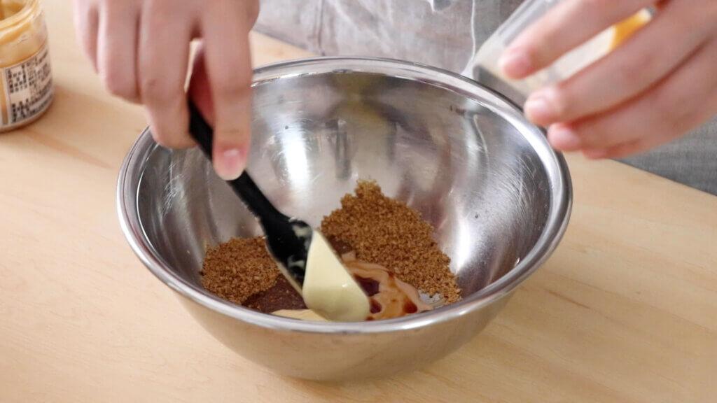 ひじきとお豆のごまマヨサラダのレシピと作り方。 料理研究家・フードコーディネーター藤井玲子のレシピと料理写真。れこれしぴ